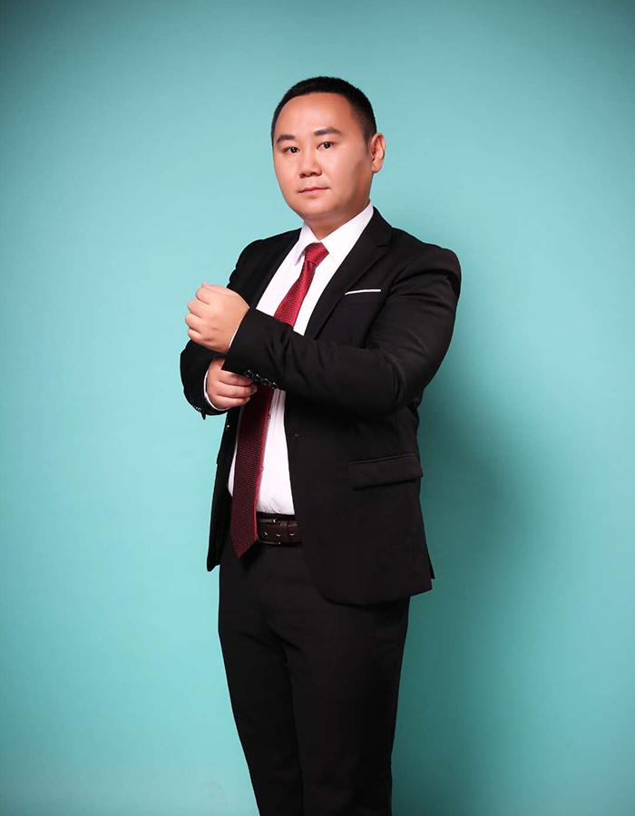 张 阳律师